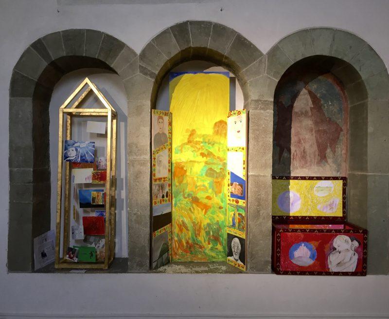 Ev. Kirche in Lohne, Gestaltung von drei Nischen durch das Kunstprojekt, Soest
